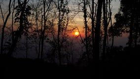 Die Sonne lizenzfreie stockfotografie