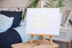 Die Sonne gemalt auf einem Gestell Lizenzfreie Stockfotos