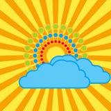 Die Sonne mit hellen Strahlen hinter den Wolken Lizenzfreie Abbildung