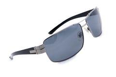 Die Sonnenbrille der Männer, weißer Hintergrund. Stockfoto