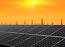 Die Sonnenenergie lizenzfreie stockfotografie