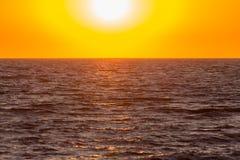 Die Sonnensätze Stockfotografie