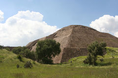 Die Sonnepyramide in teotihuacan, Mexiko Lizenzfreie Stockfotografie
