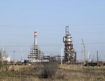 Die Spalte von des Heizöls tief verarbeiten Ein Ofen für Heizungsheizöl Verarbeitung des Heizöls Abbildung mit Anlage des Ölraffi Lizenzfreie Stockfotografie