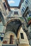 Die spezifische Architektur in Toskana. Blicken in Richtung oben Stockfotografie