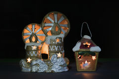 Die Spielwaren des neuen Jahres mit Kerzen Lizenzfreies Stockfoto