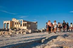 Die Spitze der Akropolises von Athen am 1. Juli 2013 in Griechenland. lizenzfreies stockfoto