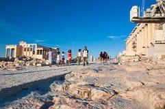 Die Spitze der Akropolises von Athen am 1. Juli 2013 in Griechenland. lizenzfreies stockbild