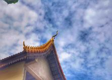 Die Spitze des Tempeldachs stockfoto