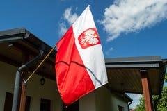 Die Staatsflagge von Polen Stockfoto