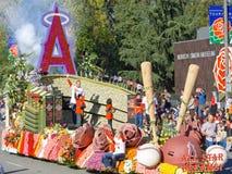 Die Stadt Anaheims der Rosen-Schüssel-Hin- und Herbewegung stockfoto