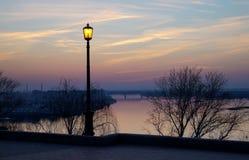 Die Stadt auf dem Volga Lizenzfreie Stockfotos