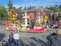 Die Stadt Torrances der Rosen-Schüssel-Parade-Hin- und Herbewegung lizenzfreie stockbilder