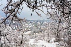 Die Stadt unter dem Schnee Lizenzfreies Stockfoto