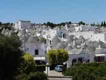 Die Stadt von Alberobello in der Apulien-Region von südlichem lizenzfreies stockfoto