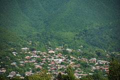 Die Stadt von sheki in Azerbaijan Lizenzfreies Stockbild