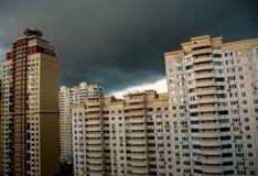 Die Stadtskyline vor dem Sturm Stockfoto