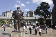 "Die Statue ""Adan"". Botero Quadrat, Medellin. Lizenzfreies Stockbild"