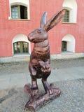 Die Statue eines Hasen am Kathedralenquadrat stockbilder