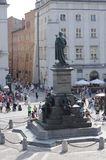 Die Statue von Adam Mickiewicz in Krakau, Polen Stockfotografie