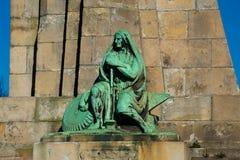 Die Statue von Evaristo Churruca lizenzfreie stockbilder
