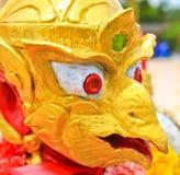 Die Statue von Garuda; Tier in den thailändischen Märchen Stockfotografie