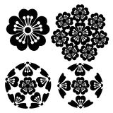 Die stilisierte Kirschblüte-Blume, japanische Symbolismusillustration Lizenzfreie Stockfotos