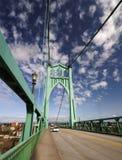 Die Straße und die St- Johnshistorische Brücke Lizenzfreie Stockfotografie