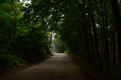 Die Straße zu nirgendwo Lizenzfreies Stockfoto
