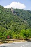 Die Straße zum Balkan-Durchlauf Bulgarien Lizenzfreie Stockfotografie