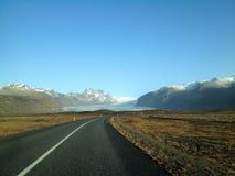Die Straße zum Gletscher Stockfotos