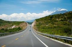 Die Straße zum Horizont Stockfotos