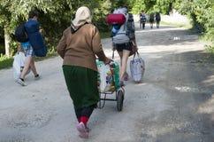 die Straße zum Moldovan-Festival stockfotografie