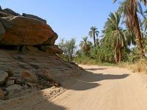 Die Straße zwischen Wadi Halfa und Khartum. Stockfotos