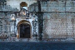 Die Straßen von Antigua, Guatemala lizenzfreies stockfoto