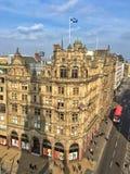Die Straßenansicht von Edinburgh lizenzfreie stockfotografie