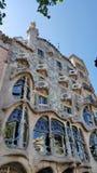 Die Straßenfassade der Casa Batllo in Barcelona, Catalonial, Spanien stockbilder