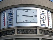 Die Stunden, die Zeit in den verschiedenen Städten der Welt zeigen Lizenzfreies Stockfoto