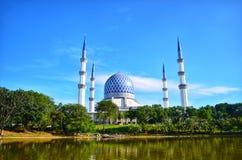 Die Sultan Salahuddin Abdul Aziz Shah-Moschee ist die Zustandsmoschee von Selangor, Malaysia Es ist in Shah Alam stockfotografie