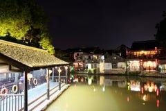 Die Szene der Nacht in alter Stadt Xitang, Zhejiang-Provinz, China Stockfotos