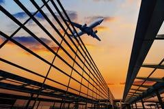 Die Szene des Flughafengebäudes lizenzfreie stockfotografie