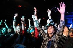 Die Töne (schwedische indie Rockwiederbelebungsband) führt bei Apolo durch Lizenzfreie Stockfotografie