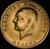 Die Türkei Kurush Ataturk Gold Coin Lizenzfreie Stockfotos