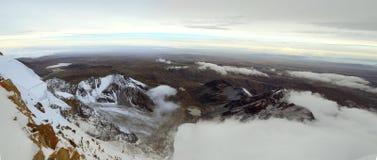 Die Türkei, zentraler Taurus Mountains, Ansicht Aladaglar (Anti-Stier) von der Hochebene Edigel (Yedi Goller) Lizenzfreie Stockfotos
