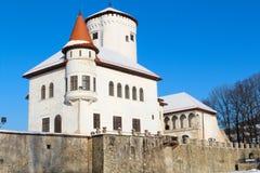 Die Türme am Budatin-Schloss Stockfotos
