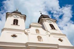 Die Türme der Tihany-Abtei bei Plattensee Stockfoto