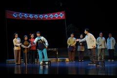 Die Teilnahme der Frauen an Politiken Jiangxi-Oper eine Laufgewichtswaage Lizenzfreie Stockbilder