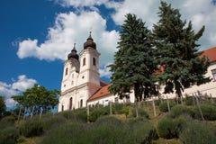 Die Tihany-Abtei in Ungarn Stockfotografie