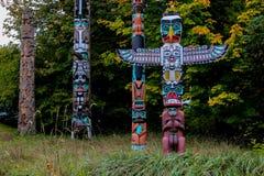 Die Totempfähle, Stanley Park, Vancouver, BC Stockbild