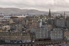 Die Tron-Kirche und die Pentland-Hügel-Edinburgh-Skyline stockbilder